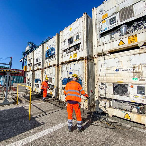 container refrigerati reefer sbarcati nel terminal di Venezia